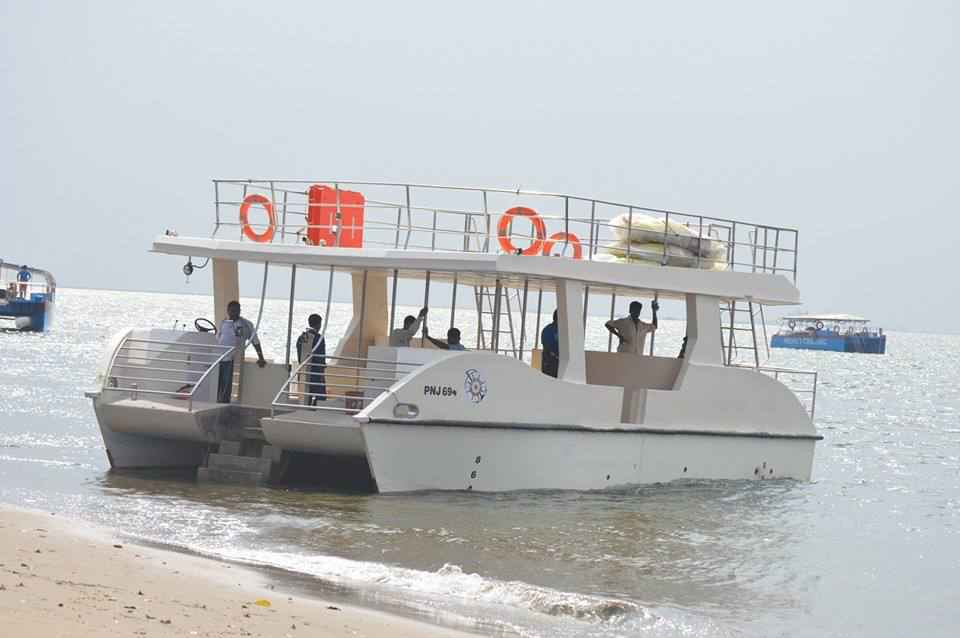 Catamaran Hire upto 40 Pax