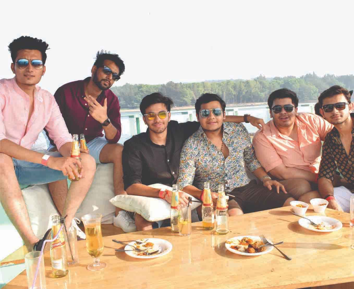 Dinner on Cruise in Goa