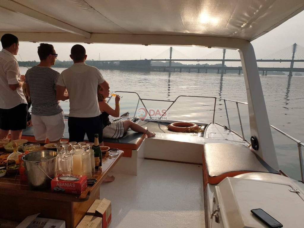 Sunset catamaran in goa