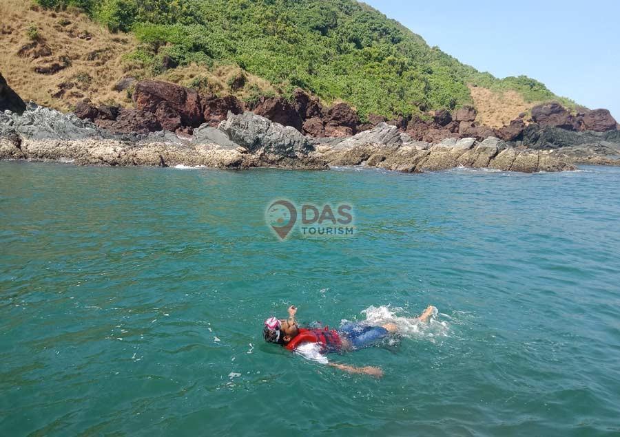 Snorkeling at Grand Island