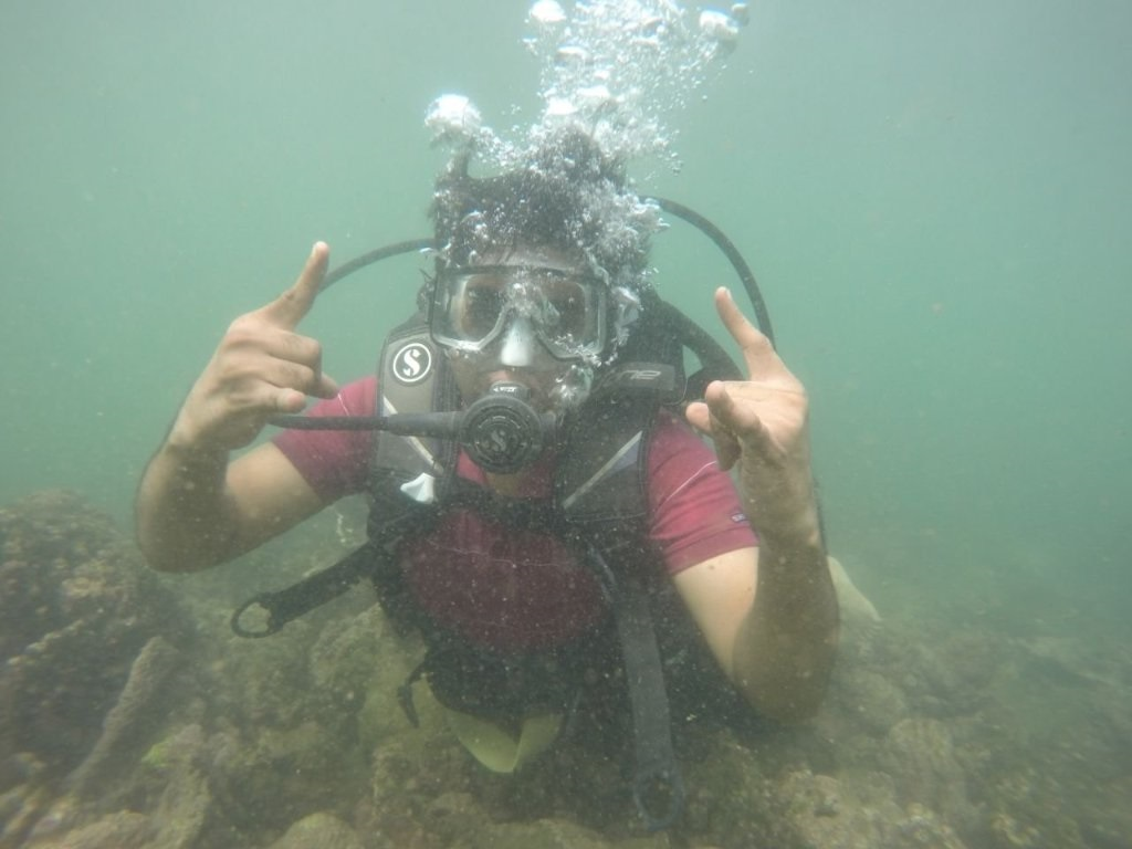 Scuba diving & Water sports