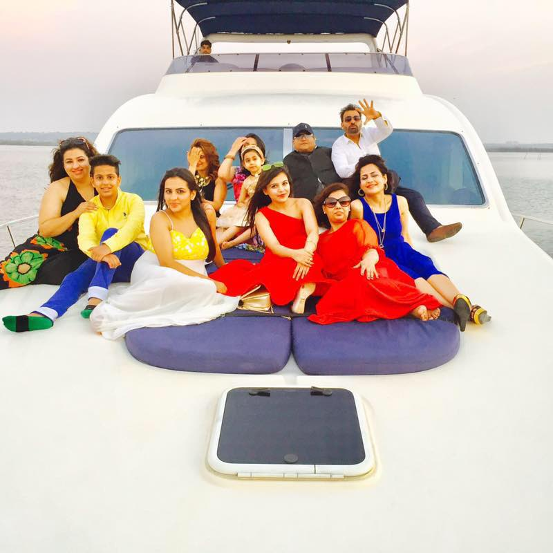 Girls party on Blue Diamond in yacht