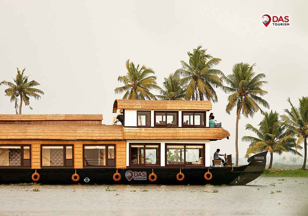 One Cabin Super Luxury Saffron Houseboat
