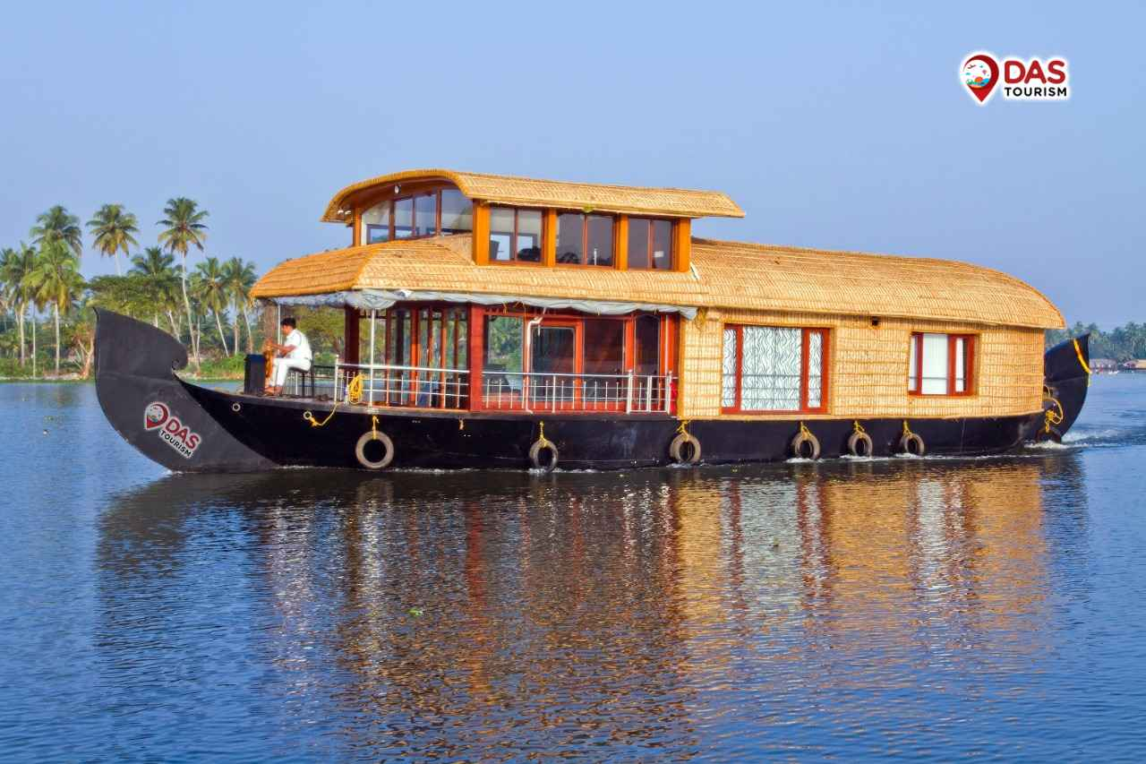 Royal Suite Houseboat